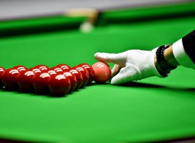 Find self-catering accommodation for snooker events
