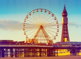 Find self-catering accommodation for Blackpool