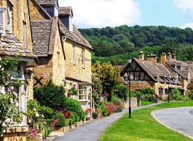 Find self-catering accommodation for Tetbury