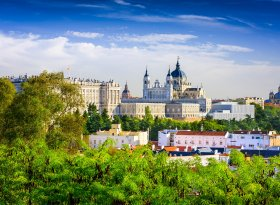 Find self-catering accommodation for Madrid