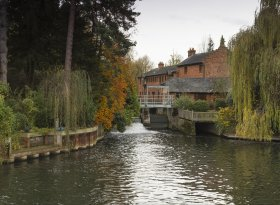 Find self-catering accommodation for Henley On Thames