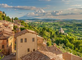 Find self-catering accommodation for Lucca
