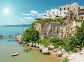 Find self-catering accommodation for Puglia