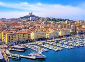 Find self-catering accommodation for Marseille