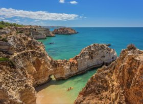 Find self-catering accommodation for Albufeira