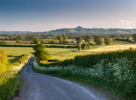 Find self-catering accommodation for Glastonbury
