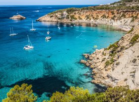 Find self-catering accommodation for Ibiza