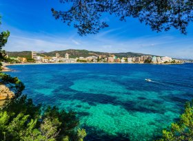Find self-catering accommodation for Cala D Or