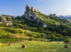 Find self-catering accommodation for Abruzzo