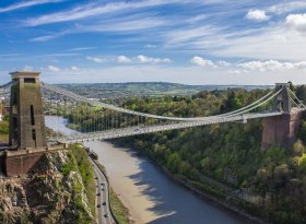 Find self-catering accommodation for Bristol