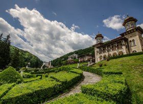Find self-catering accommodation for Romania