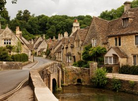 Find self-catering accommodation for Wiltshire