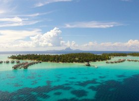 Find self-catering accommodation for French Polynesia