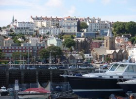 Find self-catering accommodation for Guernsey