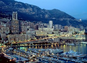 Find self-catering accommodation for Monaco