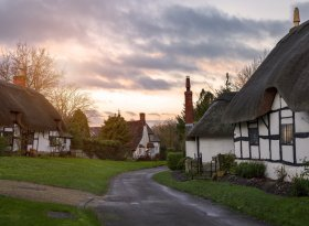 Find self-catering accommodation for Warwickshire