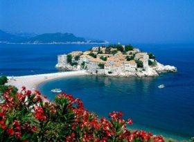 Find self-catering accommodation for Montenegro