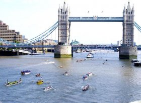 Find self-catering accommodation for Great River Race, 2016