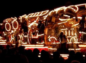 Find self-catering accommodation for Bridgwater Guy Fawkes Carnival, 2016