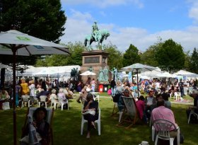 Find self-catering accommodation for Edinburgh International Book Festival 2016