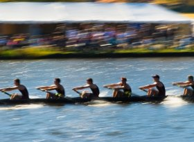 Find self-catering accommodation for Monmouth Autumn Head of the River 2016