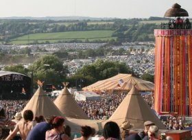 Find self-catering accommodation for Glastonbury Festival