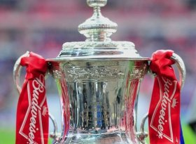 Find self-catering accommodation for FA Cup Final