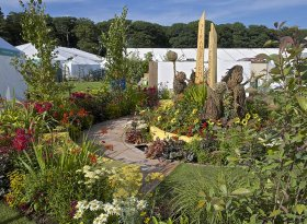 Find self-catering accommodation for RHS Tatton Park Garden Show