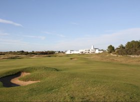 Find self-catering accommodation for British Open