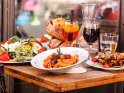 Find self-catering accommodation for Melbourne Food and Wine Festival...