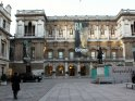Find self-catering accommodation for Royal Academy of Arts...