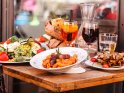 Find self-catering accommodation for Bury St Edmunds Food and Drink Festival...
