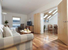 Self catering apartments in Edinburgh for Edinburgh Fringe Festival