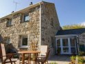 Seaside Chic Holiday Cottage, Short Walk from the Beach and Award Winning Pub in Cornwall.