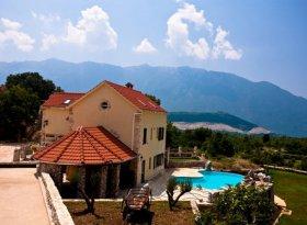 Orvas_Villa_Sestanovac_Croatia.jpg