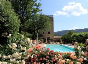 Stunning 6 bedroom Medieval self catering stone tower in Umbria, Italy with outdoor pool and Gazebo