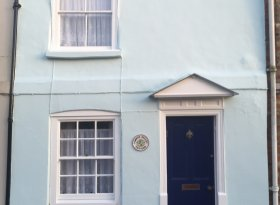 Charming 2 bedroom Cottage within Chichester City Walls