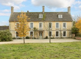 Manor Farm is a lovely village house dating back to the Queen Anne period. Set in 12 acres of land.
