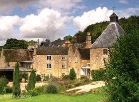 Gorgeous Holiday Rental Home in the Cotswolds