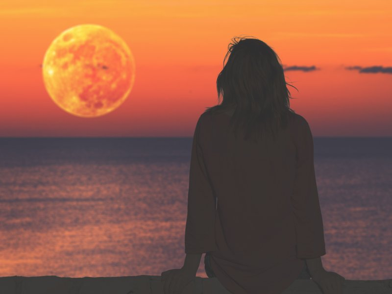 Find self-catering accommodation for Staircase to the Moon