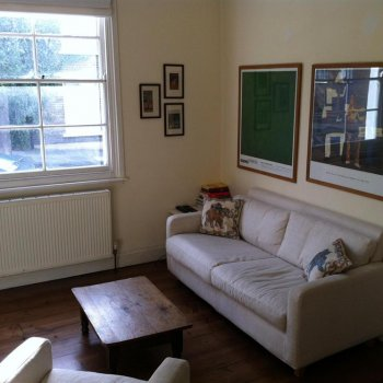 Find self-catering accommodation for Victorian self catering house near Greenwich. Enjoy weekly lets or short stays.