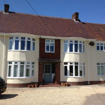 Find self-catering accommodation for Beautiful self catering family home with large kitchen-diner & near Glastonbury Festival