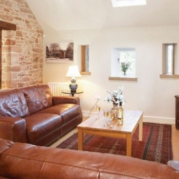 Find self-catering accommodation for Charming self catering accommodation in Cumbria, perfect place to stay in a luxury holiday cottage.