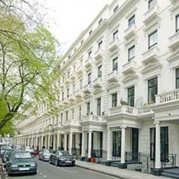Find self-catering accommodation for Modern 2 bedroom self catering apartment in Bayswater, a great alternative to hotels in London!