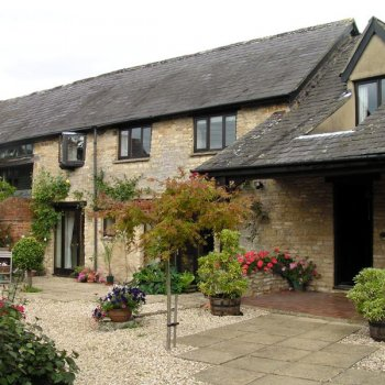 Find self-catering accommodation for Barn Conversion in Tranquil Cotswold Village near Moreton-in-Marsh Offering Self Catering Lets.
