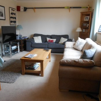 Find self-catering accommodation for Self catering holiday house in Henley on Thames centrally located, 7 minutes walk to the centre.