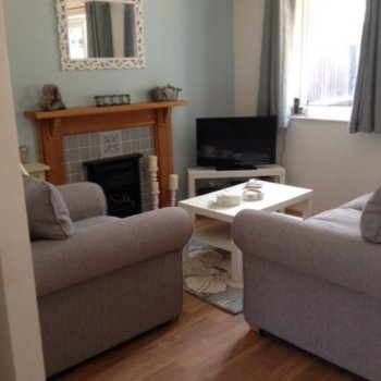 Find self-catering accommodation for House with 2 double bedrooms available for the Cheltenham Festival and Race Week.