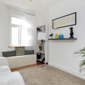 Find self-catering accommodation for 2 Beds Apartment 5 mins walk to Twickenham Rugby Ground