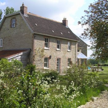 Find self-catering accommodation for Country house in Somerset, holiday lets, weekend breaks & self catering stays, nr. Glastonbury