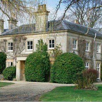 Find self-catering accommodation for Luxury group accommodation in a stunning mansion in Somerset perfect for celebrations & reunions.